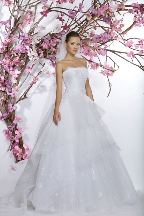 GEORGES HOBEIKA 2015 esküvői ruhák - Ceremóniamester ajánlja