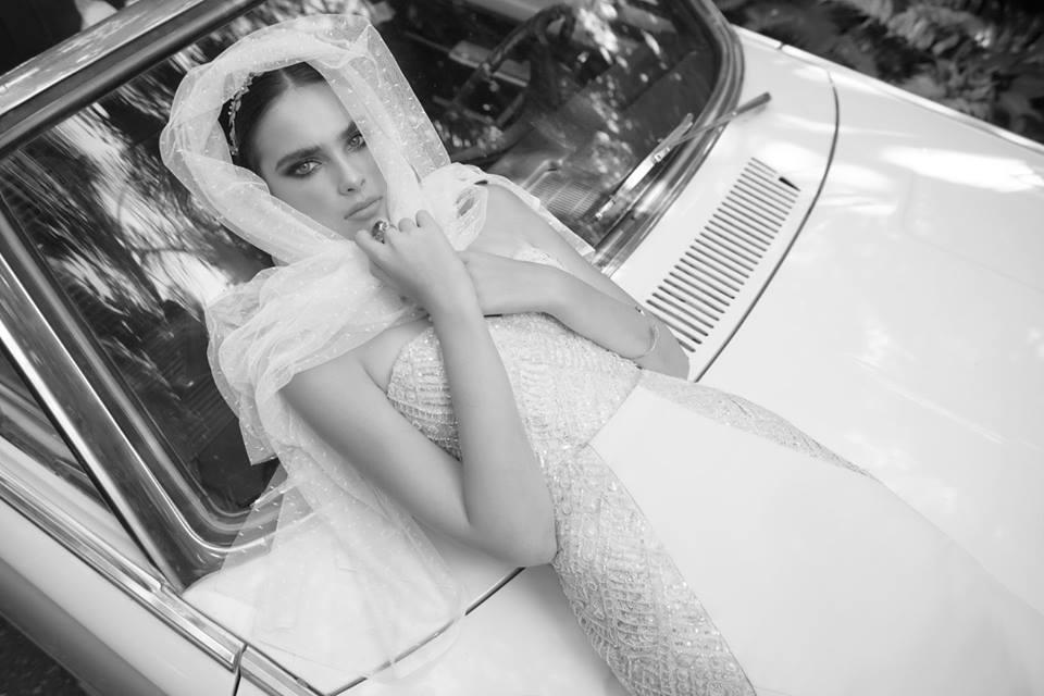 Ceremóniamester ajánlja - Yaki Ravid  2016 egzotikus esküvői ruhái