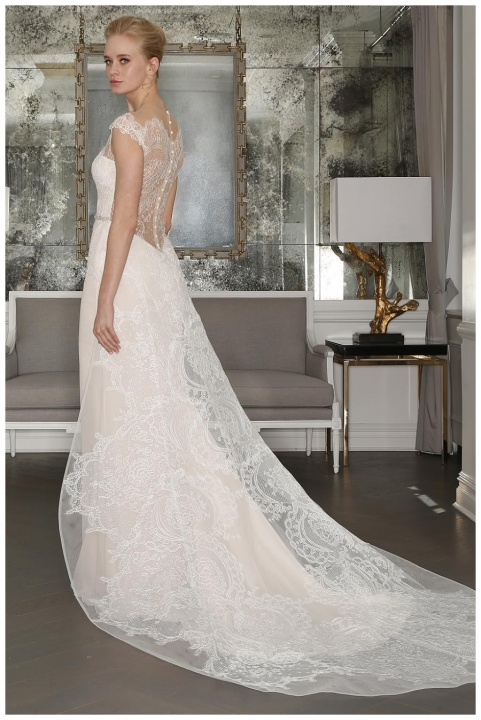 ROMONA KEVEZA COLLECTION BRIDAL SPRING 2017- Master of ceremony recommends 4U