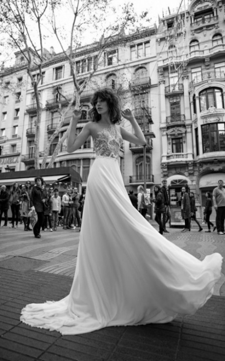 Liz Martinez 2016-os esküvői ruha kollekciója - Ceremóniamester ajánlja