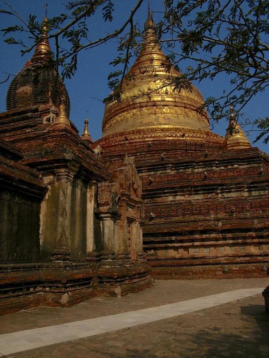 Utazz velem 2 - Burma (Myanmar) képekben - ceremóniamester ajánlja