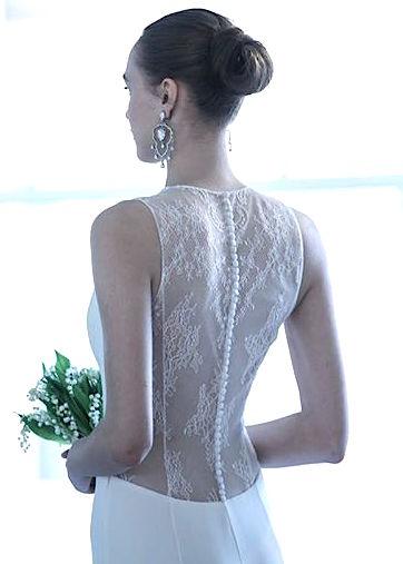 OSCAR DE LA RENTA FALL 2017 BRIDAL - Master of ceremony recommends 4U