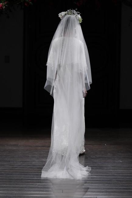 NAEEM KHAN legújabb esküvői ruhái - Ceremóniamester ajánlja