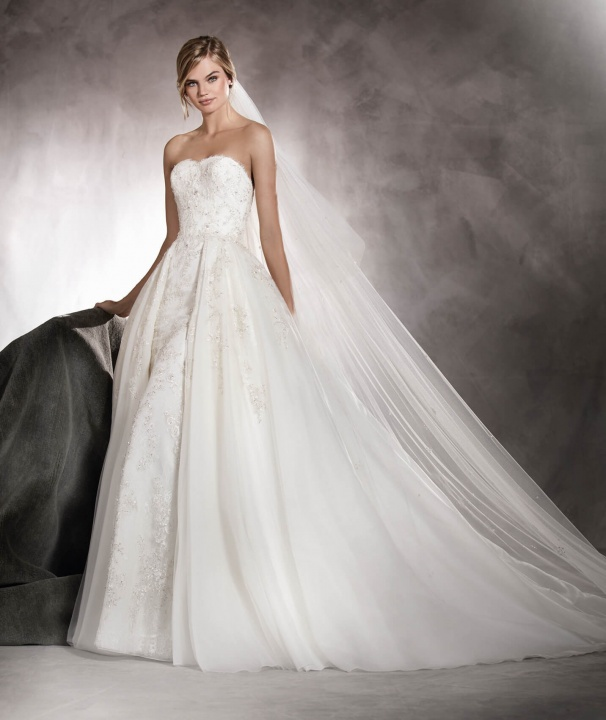 Megbolondulok, hogy melyiket válasszam esküvői ruhák 2017 - III. rész  - Ceremóniamester ajánlja