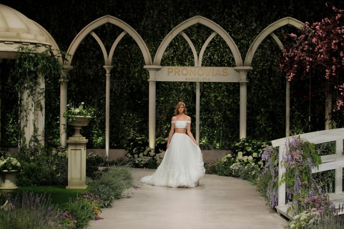 Pronovias dreamly wedding dresses part two - MASTER OF CEREMONY RECOMMENDS 4U