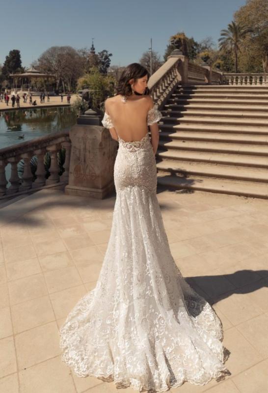 Julie Vino 2020 Álomruhák esküvőre - Ceremóniamester ajánlja