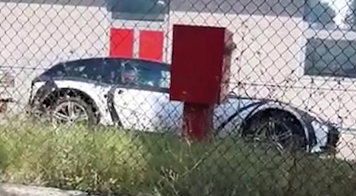 Ferrari első SUV-ja - Ceremóniamester ajánlja