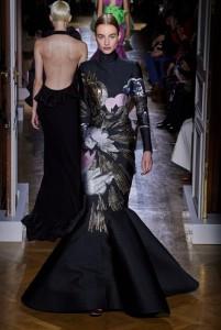 Divatbemutatókról ollózva 20 - Valentino-2020 -Ceremóniamester ajánlja