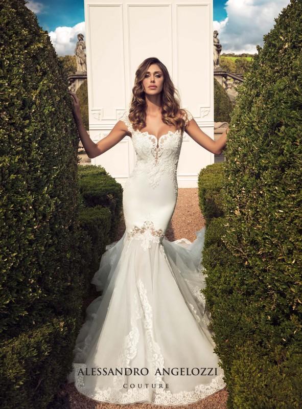 Legújabb álom esküvői ruhák, trendek  203 - Ceremóniamester ajánlja