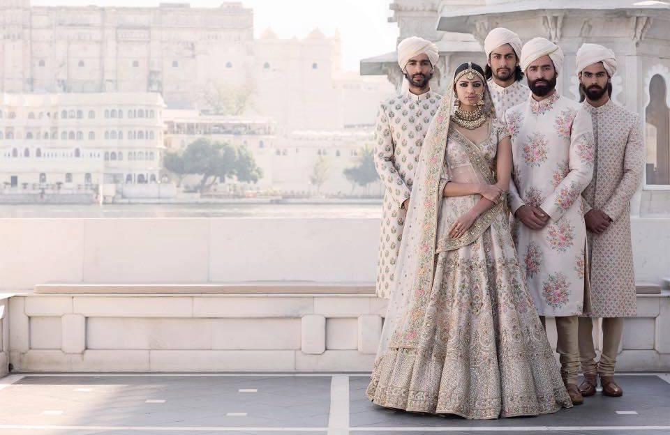 Legújabb álom esküvői ruhák, trendek  236 - Ceremóniamester ajánlja