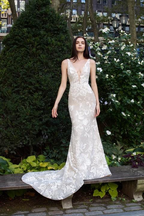 Legújabb álom esküvői ruhák, trendek  251 - Ceremóniamester ajánlja