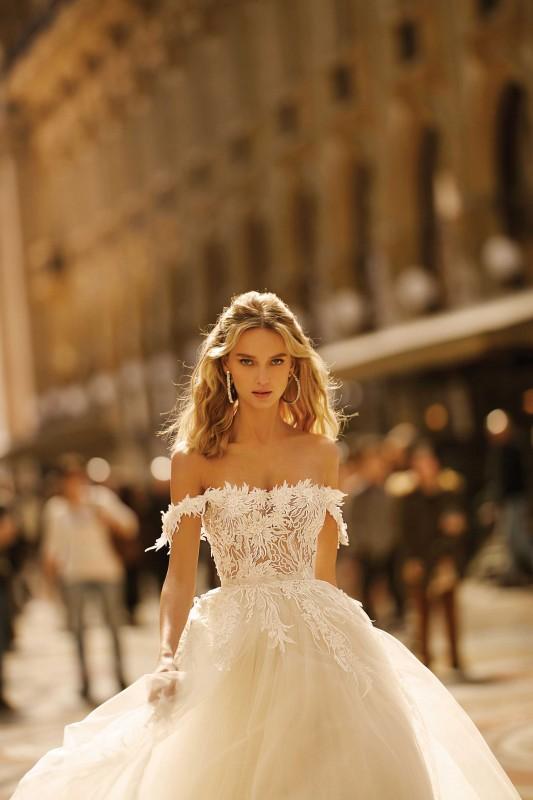 Legújabb álom esküvői ruhák, trendek  260 - Ceremóniamester ajánlja