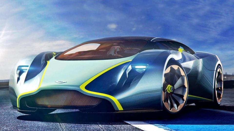 Mercedes vagy Aston Martin? - ceremóniamester ajánlja