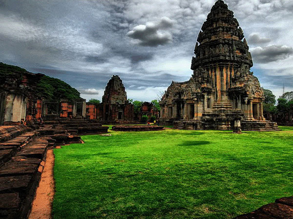 Built For Love II. - PRASAT HIN PHIMAI- Master of Ceremony recommends for U