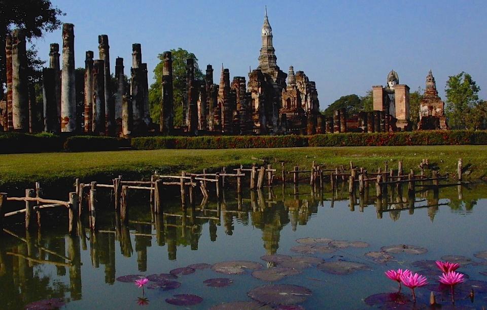 Aranyködben izzadó istenek - Bangkok - Ceremóniamester ajánlja