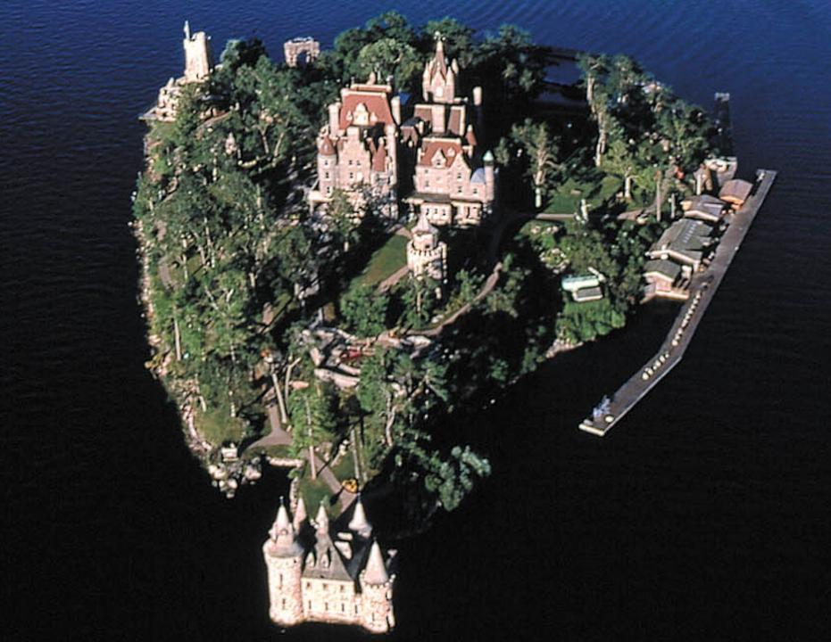 Szerelemből épült lenyűgöző épületek a nagyvilágban V.- BOLDT CASTLE HEART ISLAND  - ceremóniamester ajánlja