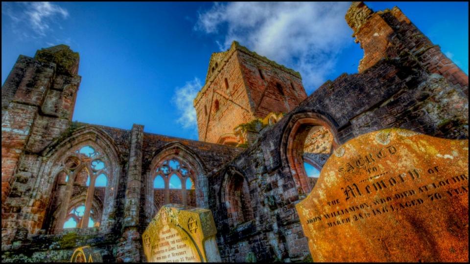Ceremóniamester ajánlja - Szerelemből épült lenyűgöző épületek a nagyvilágban VI - Sweetheart Abbey