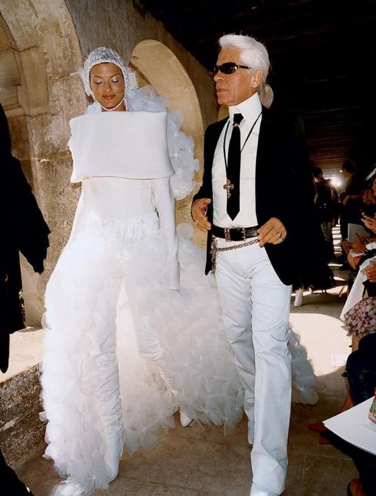Legbrutálisabb valaha tervezett esküvői ruhák - Ceremóniamester ajánlja