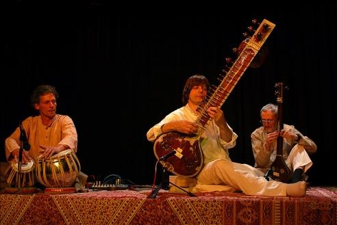 Elhunyt Ravi Shankar, az egyik legnagyobb zenész...ceremóniamester kedvenc volt