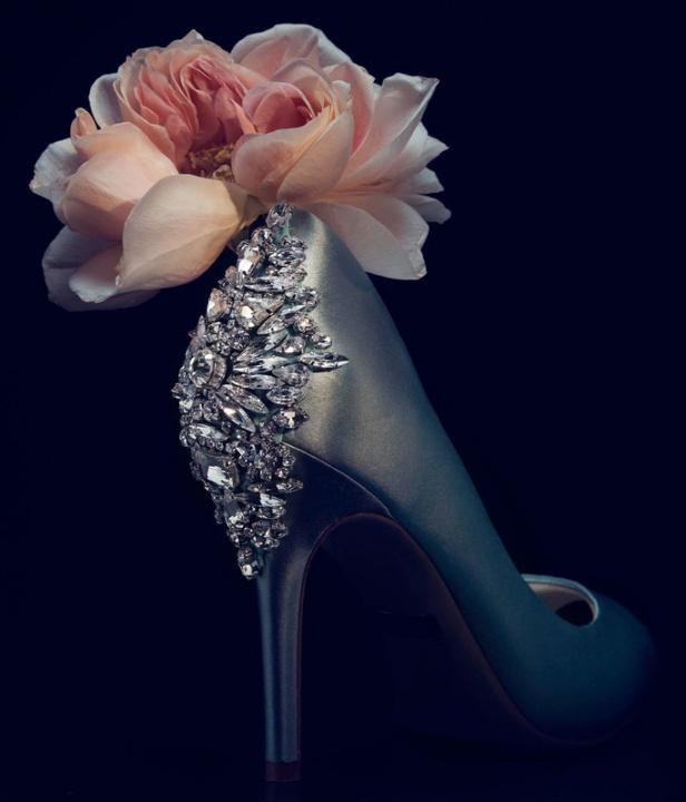 Online esküvői ruha és kellékek - Ceremóniamester ajánlja