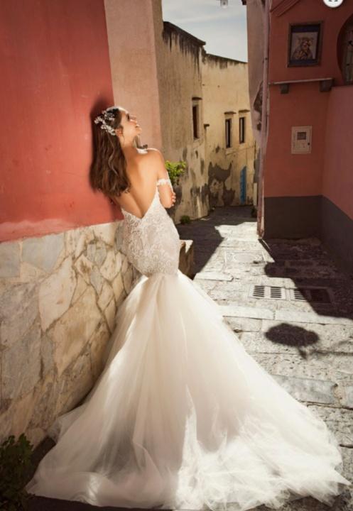 Julie Vino Romanzo 2017-es legújabb Róma kollekciója-első rész - Ceremóniamester ajánlja
