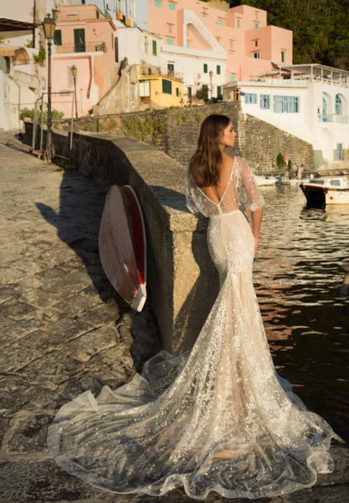 Julie Vino Romanzo 2017-es legújabb Róma kollekciója-II rész - Ceremóniamester ajánlja
