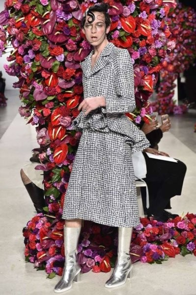 A Gucci hányadék ruhái sikerén felbuzdulva érkeznek a legújabb rémségek - Ceremóniamester NEM ajánlja