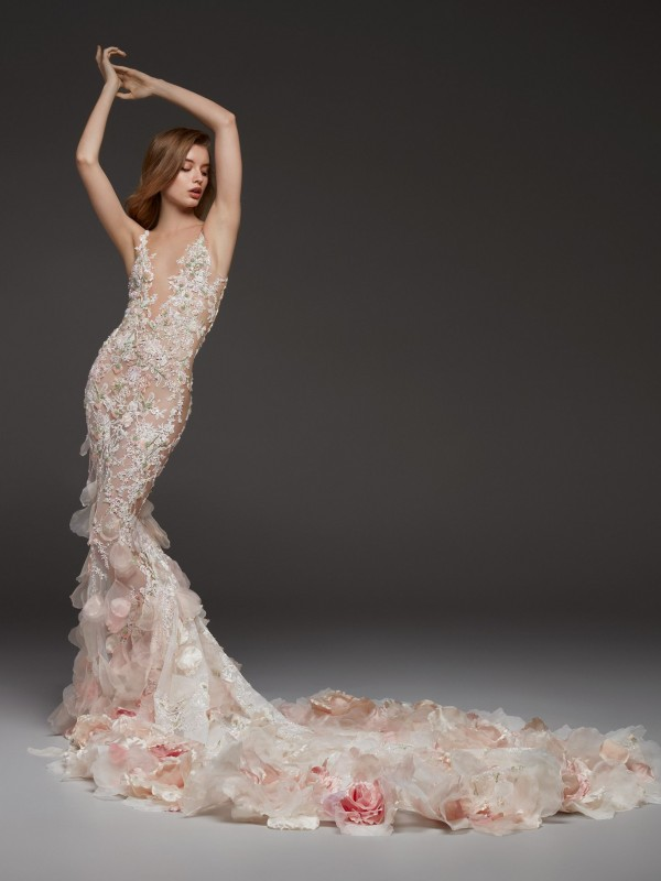 Pronovias 2019 Wedding Dresses - 1 rész - Ceremóniamester ajánlja ed0f9fcc44