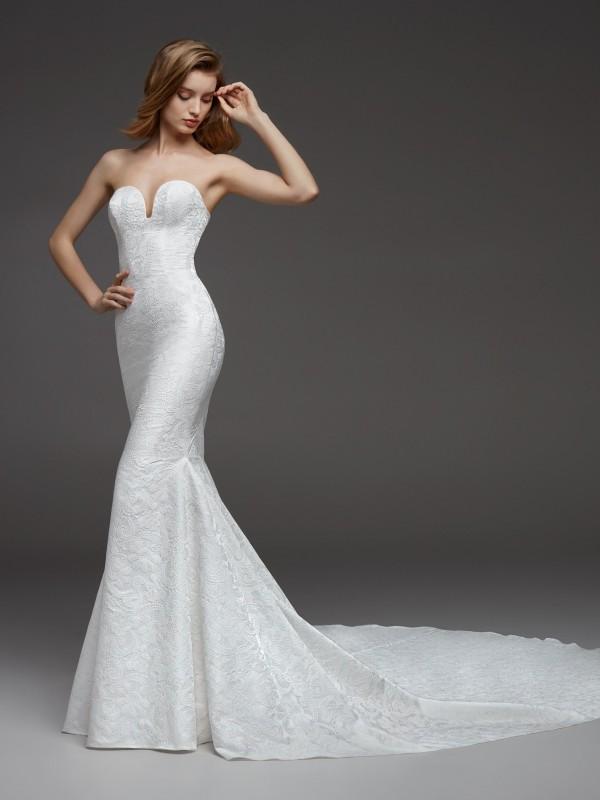 Pronovias 2019 Wedding Dresses - 2 rész - Ceremóniamester ajánlja