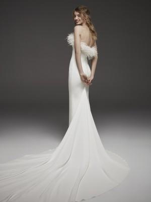 Pronovias 2019 Wedding Dresses - 3 rész - Ceremóniamester ajánlja
