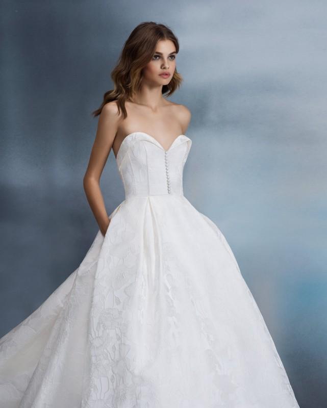 Allison Webb esküvői ruhák 2 rész- Ceremóniamester ajánlja